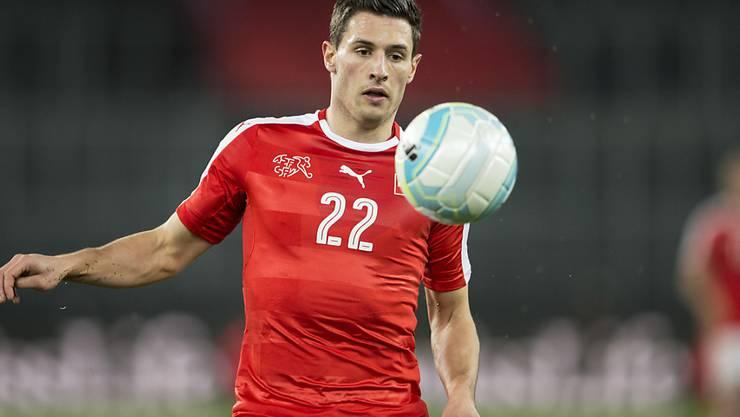 Fabian Schär ist am zweiten Trainingstag der Schweizer Nationalmannschaft beim EM-Vorbereitungscamp in Lugano verletzt ausgefallen