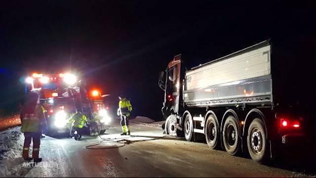 Thumb for 'Sechs junge Schweizer sterben bei Autounfall in Schweden'