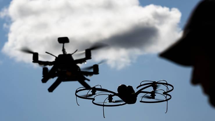 Der Actionskamera-Spezialist GoPro steigt nach einem verpatzten Marktstart aus dem Drohnen-Geschäft aus. (Symbolbild)