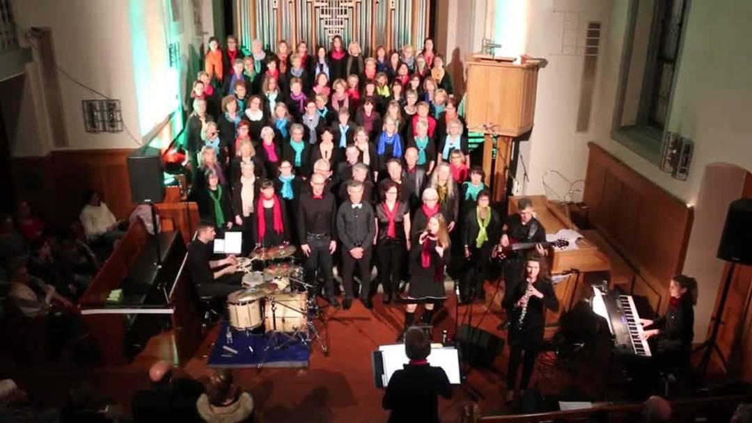 «Father My God» vom ad-hoc-Chor in der Reformierten Kirche Weiningen