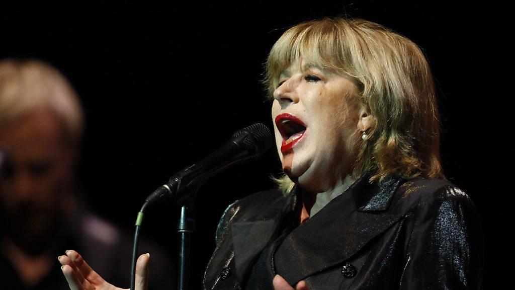 Sängerin Marianne Faithfull von Coronavirus infiziert