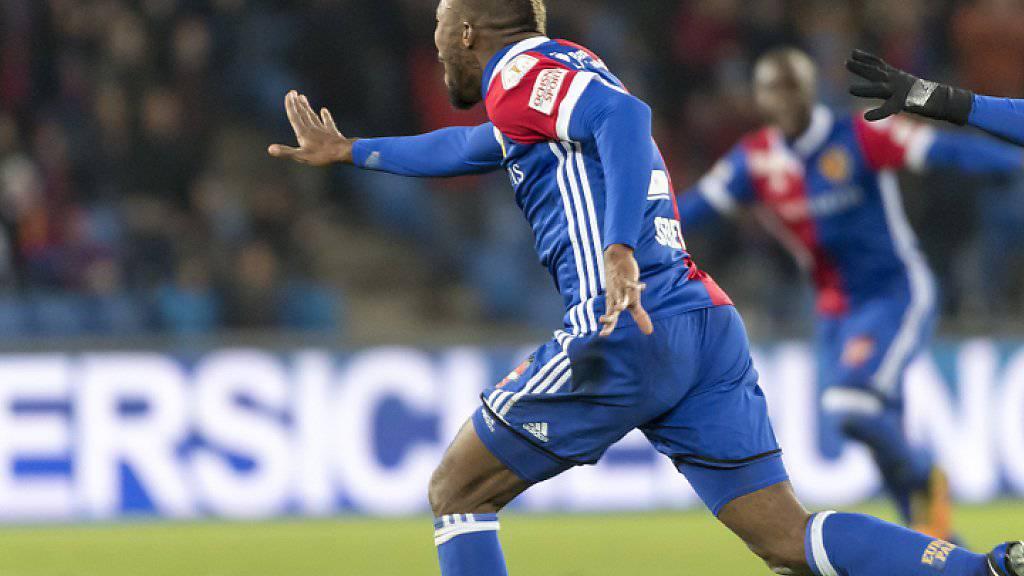 Geoffroy Serey Dies Spurt vor Freude nach dem 1:0