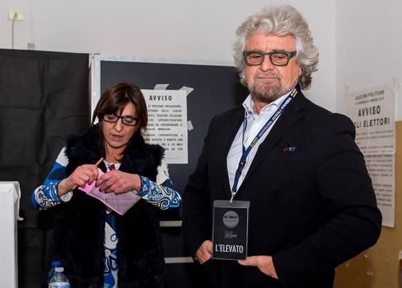 Als stärkste Einzelpartei dürfte die populistische Fünf-Sterne-Bewegung hervorgehen. Beppe Grillo ist ihr Gründer.