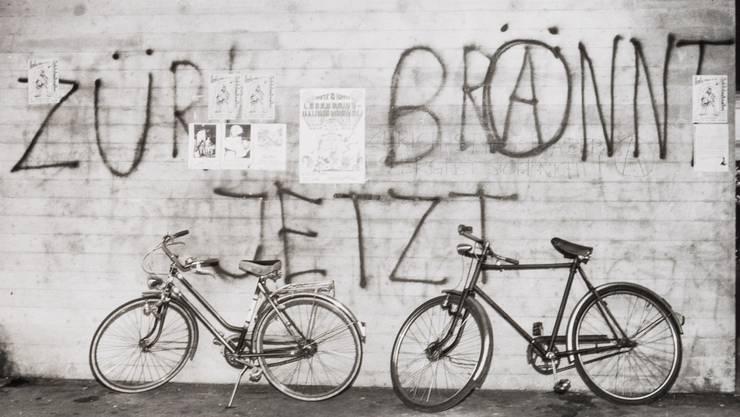 24. Juni 1980, Molkenstrasse 9, Amtshaus Helvetiaplatz, vermerkte die Stadtpolizei nüchtern in ihrer Schmierereien-Bestandesaufnahme.