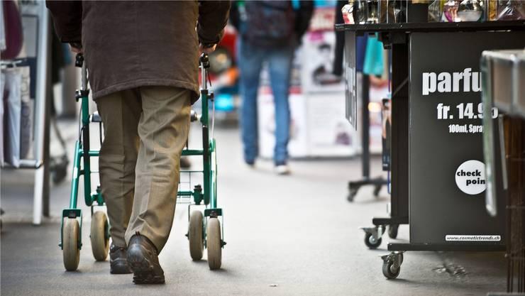 Im Jahr 2035 wird es immer mehr pflegebedürftige Alte im Baselbiet geben