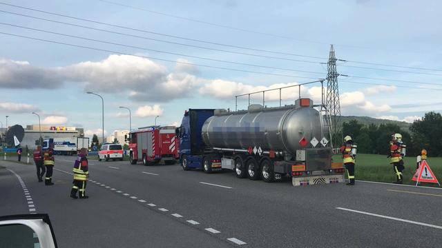 Feuerwehr eskortierte Tankwagen nach Olten