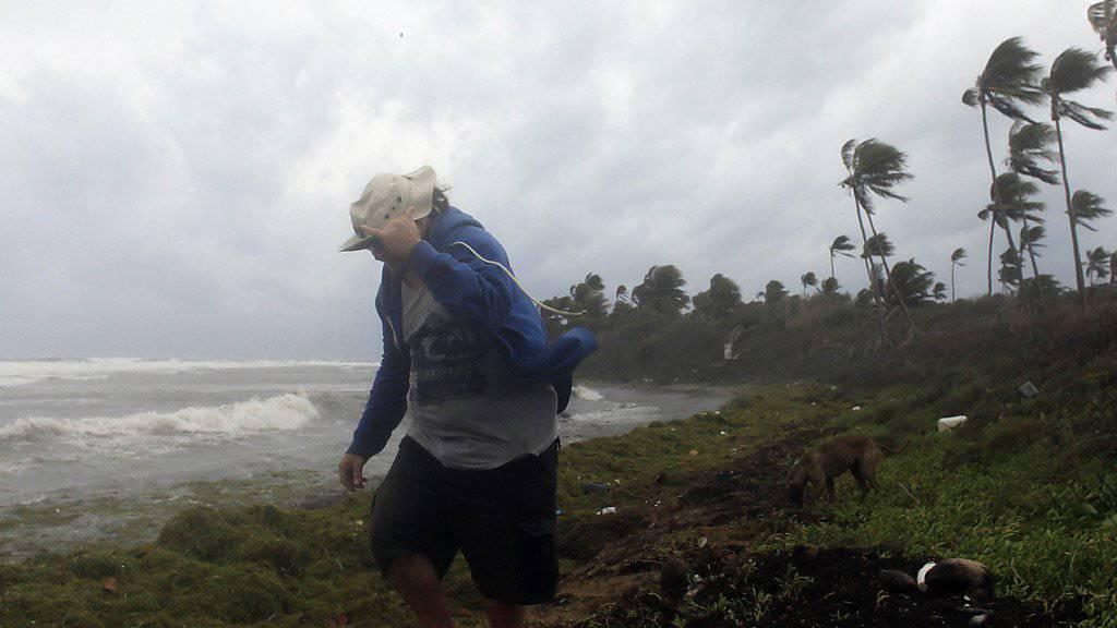 """Peitscht vom Meer ans Land: Wirbelsturm """"Erika"""" erreicht Puerto Rico"""
