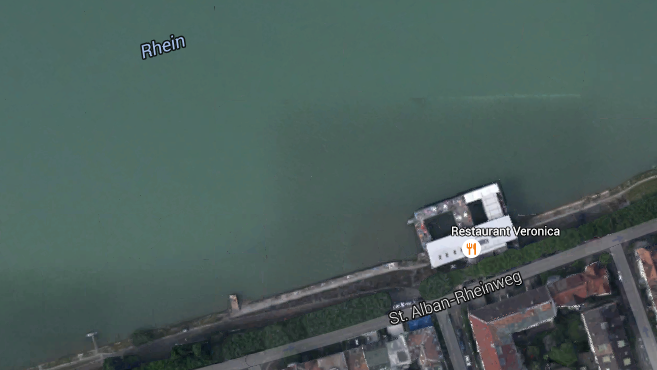 In der Nähe des Rheinbadhauses Breite wurde Frau aus dem Wasser geborgen.