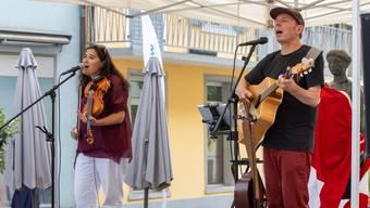 Brunch zum Nationalfeiertag mit Klängen von Martin Schaffner und Alexandra Lüthy.