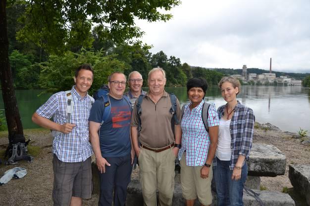 Prominente Mitwanderer (v.l.): Christian Imark (Nationalrat SO), Marco Lupi (Kantonsrat SO), Hansjörg Boll (Solothurner Stadtschreiber), Peter Brotschi (Kantonsrat SO), Susan von Sury (Kantonsrätin SO) und Sonja Gehrig (Kantonsrätin ZH).