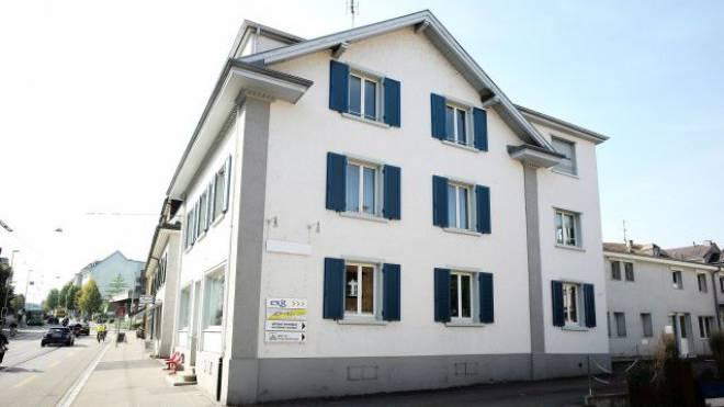 Das neue Exit-Sterbezimmer ist im Hinterhaus der Hauptstrasse 24 in Binningen geplant. Foto: Kenneth Nars