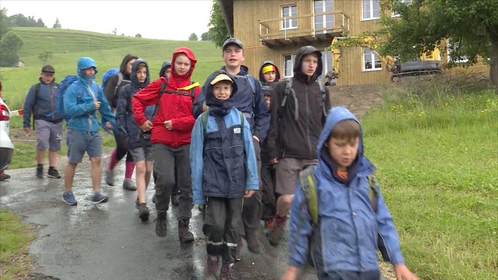 Cevianer strahlen trotz Regenwetter