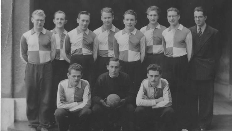 Handball-Mannschaft des TV St. Johann, 1943.