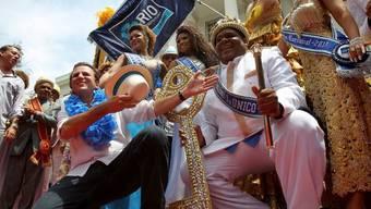 Schlüsselübergabe an König Momo in Rio