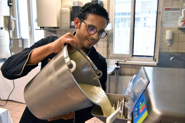 Jamal Haidache ist der Meister-Gelataio aus Italien.