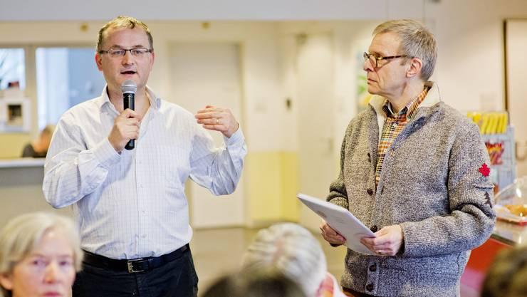 Heimleiter Martin Hüppi (links) und Architekt Fritz W. Gläser