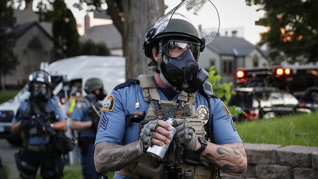 Krawalle nach dem Tod eines Schwarzen bei Polizeieinsatz