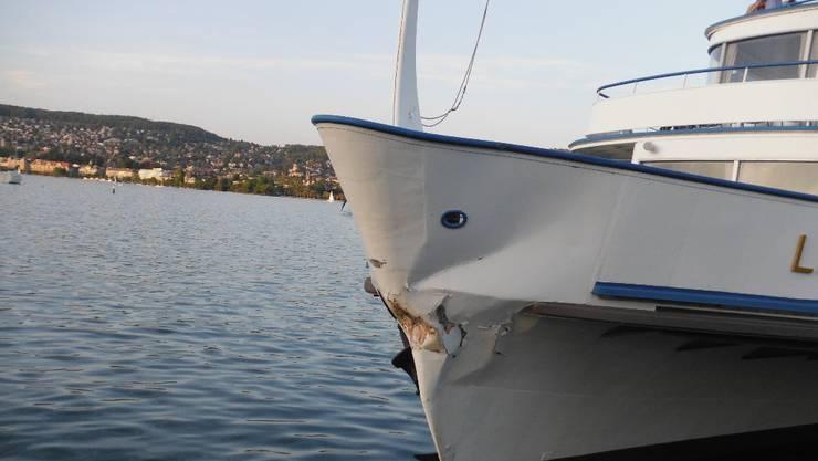 Schaden am Kursschiff MS Limmat
