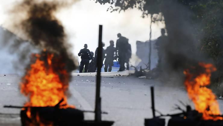 Strassenblockade von Regierungsgegnern in der venezolanischen Hauptstadt Caracas.