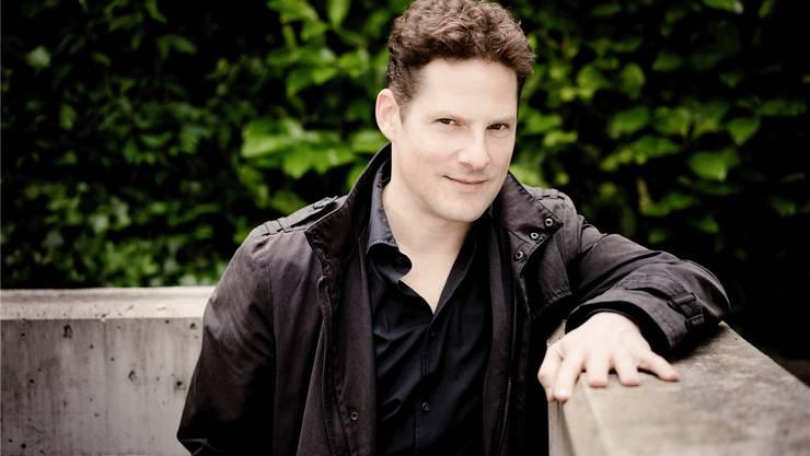 Zu Hause in Baden, zu Gast auf den Konzertbühnen der Welt, und nun auch auf dem Pilatus zu erleben: Der Pianist Oliver Schnyder.