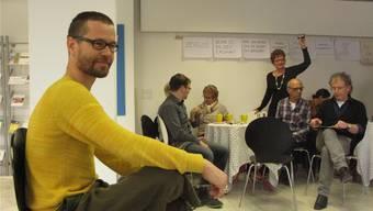 Moderierte die angeregte Diskussionsrunde: Imre Hofmann (Vordergrund).