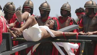 Karfreitag: Kreuzigung auf den Philippinen