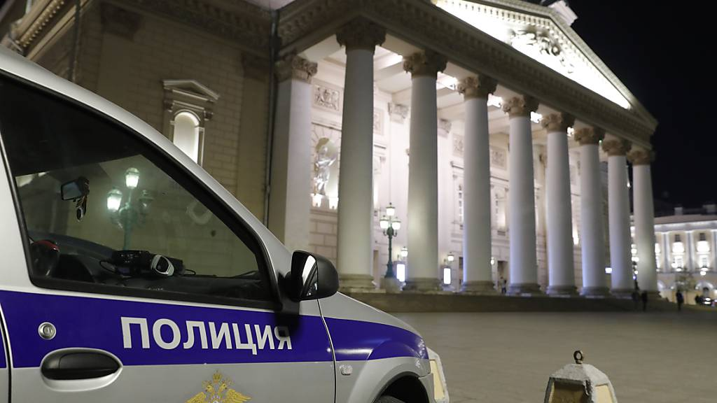 Bolschoi Theater sagt Vorstellung nach Tod von Künstler ab