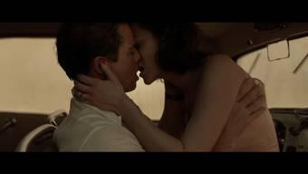 Brad Pitt und Marion Cotillard in «Vetraute Fremde» – dass die beiden auch im realen Leben zusammen gefunden haben, bestreitet Cotillard.