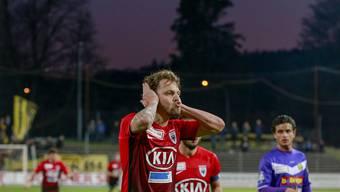 Ein torgefährlicher Mittelfeldspieler: Olivier Jäckle bejubelt auf seine Art einen seiner fünf Meisterschaftstreffer der letzten Saison.