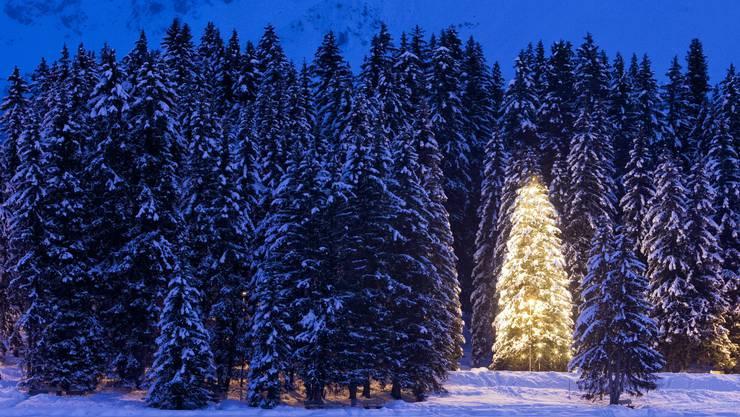 Nichts Pompöses: Unternehmen halten sich in diesem Jahr bei den Weihnachtsfeiern zurück.