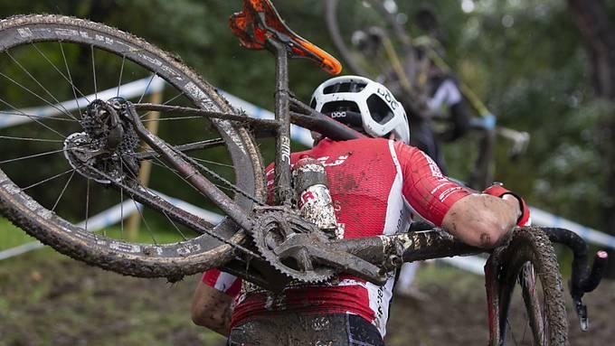 Ein Radquer-Athlet in Aktion (Symbolbild)