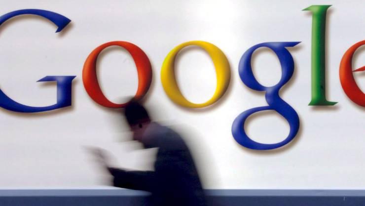 Steuersparen à la Google und Co: Man nehme zwei irische Gesellschaften und eine Holding in den Niederlanden, verschiebe das Geld zwischen diesen und spare viel Geld - alles ganz legal.