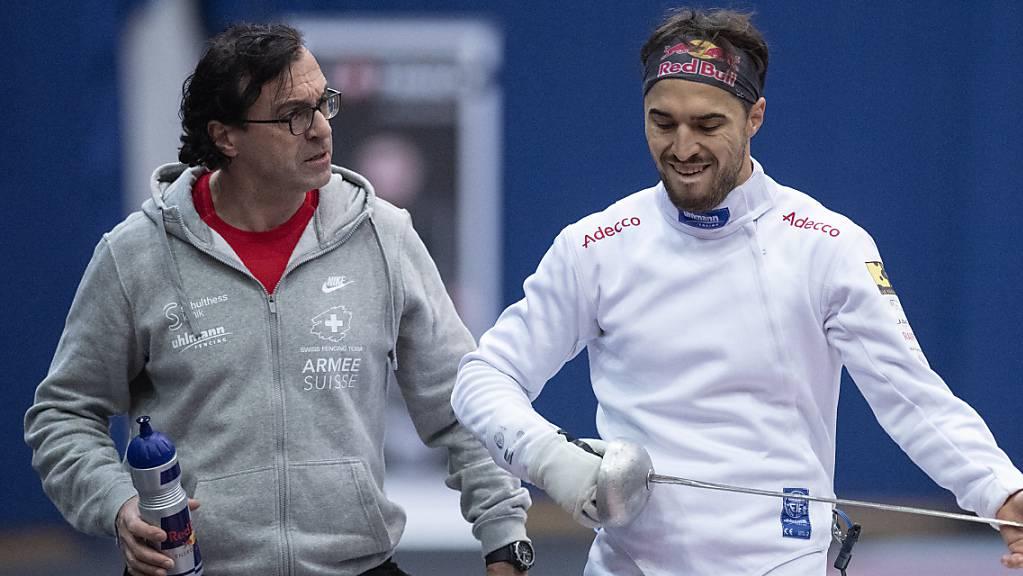 Nationaltrainer Didier Ollagnon (links) im Gespräch mit Teamleader Max Heinzer (rechts).