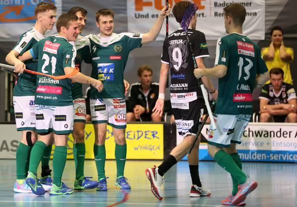 Wann kann der SV Wiler-Ersigen wieder jubeln? Seit dem 4. Oktober ist die Unihockey-Meisterschaft unterbrochen.