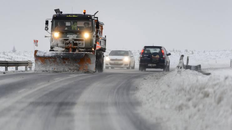 In diesen Tagen vielerorts unterwegs: Räumungsfahrzeuge, die unsere Strassen vom Schnee befreien.