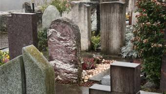 Bestattungen sind für Auswärtige vielerorts teurer als für Einheimische. az Archiv