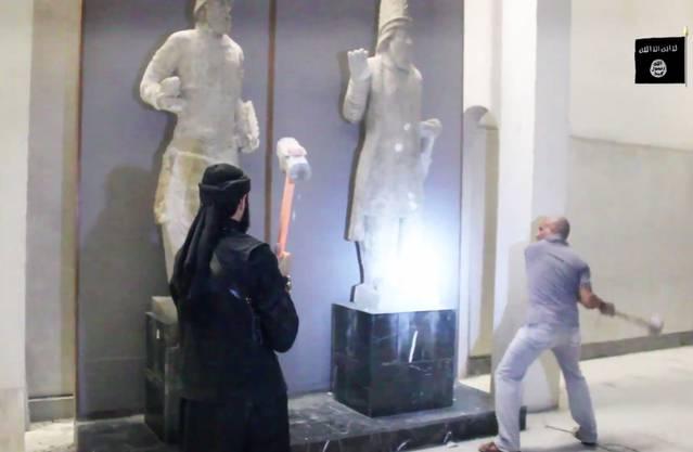Statuen aus der Metropole hatten die Jahrtausende überlebt. Viele von ihnen dürften jetzt für immer verloren sein.