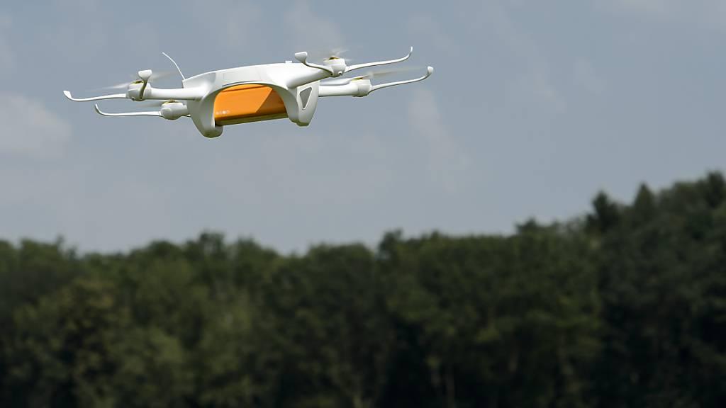 Uni Zürich: Autonome Drohne fliegt schneller als Profi-Piloten