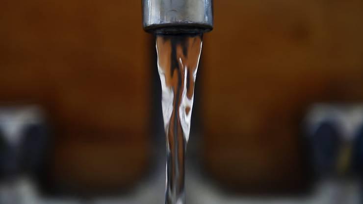 Geborstene Rohre: In zahlreichen Haushalten in Grossbritannien gibt zu Hause kein fliessendes Wasser mehr. (Symbolbild)