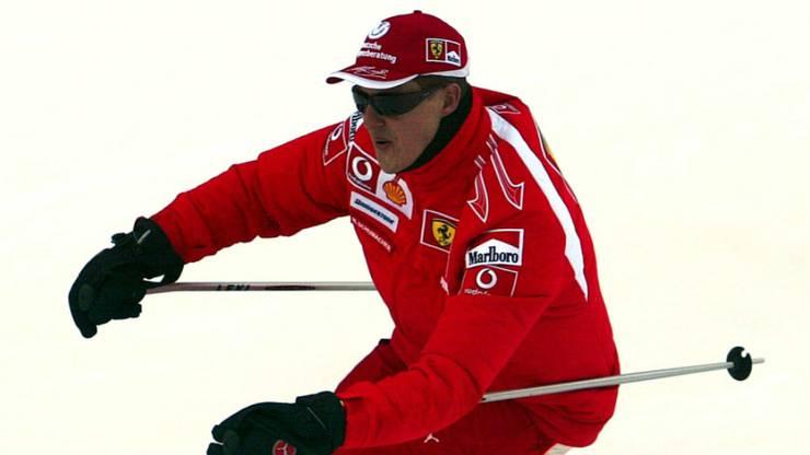29. Dezember 2013: An diesem Tag kommt es zum tragischen Skiunfall in Méribel in den französischen Alpen: Schumacher wird mit einem schweren Schädel-Hirn-Trauma ins Krankenhaus eingeliefert. Beinahe ein Jahr lang bleibt er im Spital.