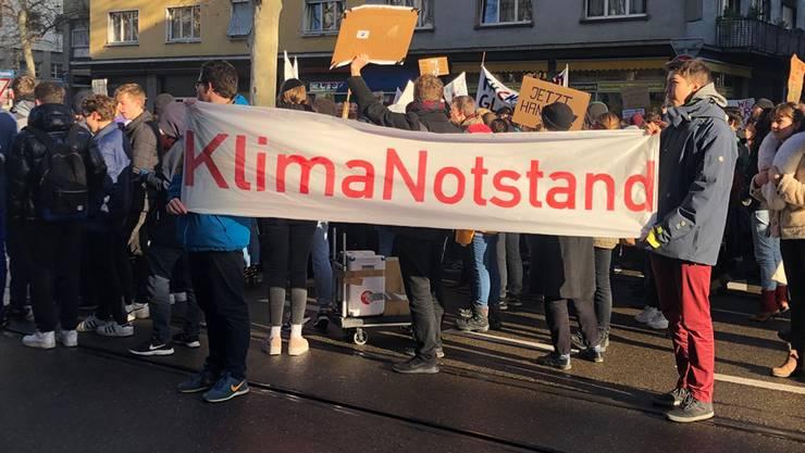 Schüler fordern, den Klimanotstand auszurufen. Ob es in Kölliken soweit kommt, wird im Oktober bekannt. (Symbolbild)