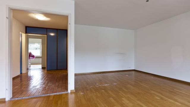 Fast überall nimmt der Anteil an leeren Wohnungen zu. (Archiv)