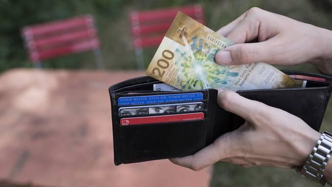 10 Tipps, wie ihr bei den Steuern sparen könnt