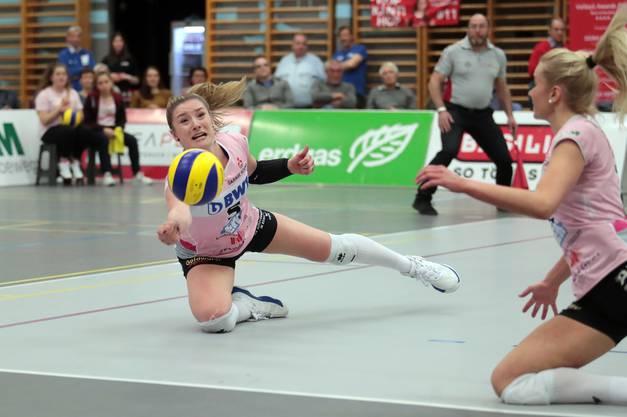 Auch Monika Chrtianska gibt keinen Ball verloren.