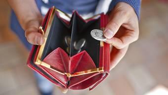 Gewisse Kinder müssen für ihr Taschengeld etwas leisten, andere nicht.