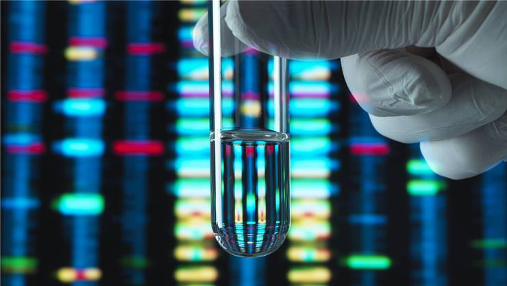 Wer seine DNA analysieren lässt, gibt dadurch Daten über sich preis, die von den Testanbietern an Dritte verkauft werden.