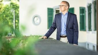 Hanspeter Hilfiker, Stadtpräsidiumskandidat, hat die Nase vorne.