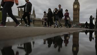 Die US-Ratingagentur Fitch hat Grossbritannien am Mittwoch mit einer Herabstufung der Kreditwürdigkeit gedroht. (Archivbild)