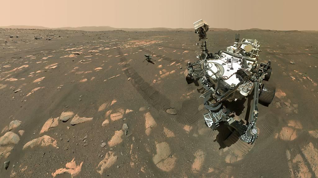Der Mars-Roboter «Perseverance» auf dem Roten Planeten in einer Aufnahme vom April 2021. (Archivbild)