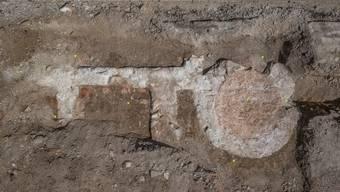 Die Badeanlage der Römer verfügte wohl über einen Heizraum (rechteckig) und ein Schwitzbad (rund).